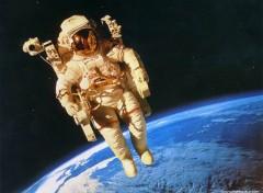 Fonds d'écran Espace Image sans titre N°38443