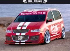 Fonds d'écran Voitures VW TOURAN BY GOTH