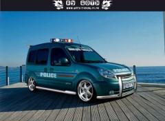 Fonds d'écran Voitures KANGOO DE POLICE BY GOTH