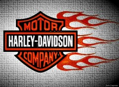 Fonds d'�cran Motos Harley Tribal Flaming