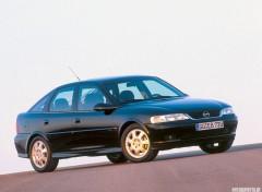 Fonds d'écran Voitures Opel Vectra (1999)