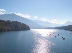 Fonds d'écran Voyages : Europe Lac de Gruyère