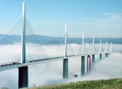 Fonds d'écran Voyages : Europe Aveyron- Viaduc de Millau