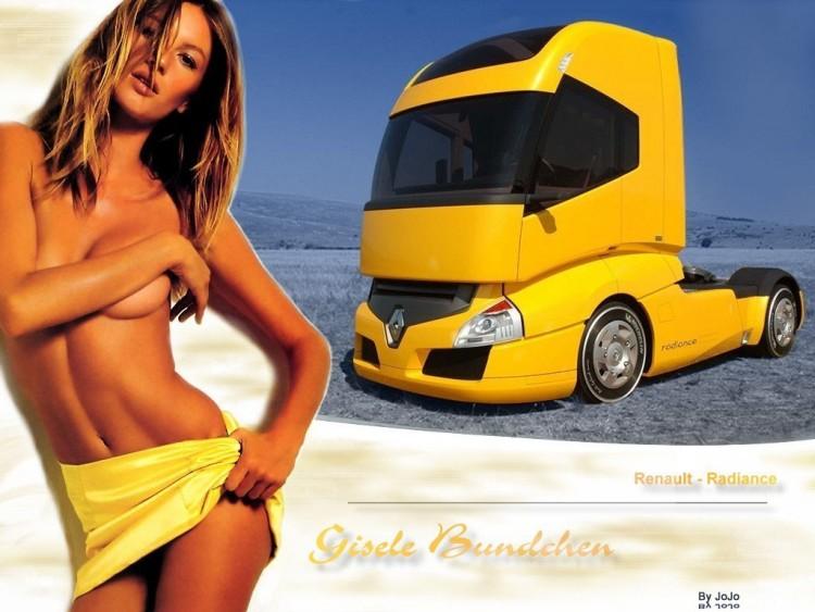 Filles Bikini et voitures impressionnantes