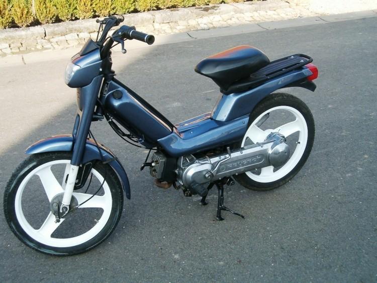 moto scooter fox