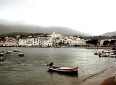 Fonds d'écran Voyages : Europe Eglise et port de Cadaquès