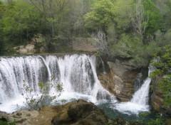 Fonds d'écran Nature cascade de st Laurent le Minier