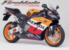 Wallpapers Motorbikes magnifique réplica