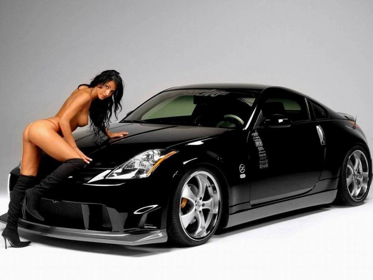 Wallpapers Cars Girls and cars Nissan 350 Z