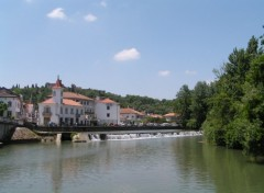 Wallpapers Trips : Europ Nabão river over Tomar City