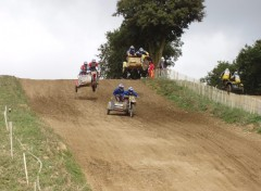 Fonds d'écran Motos Side-Car cross 02