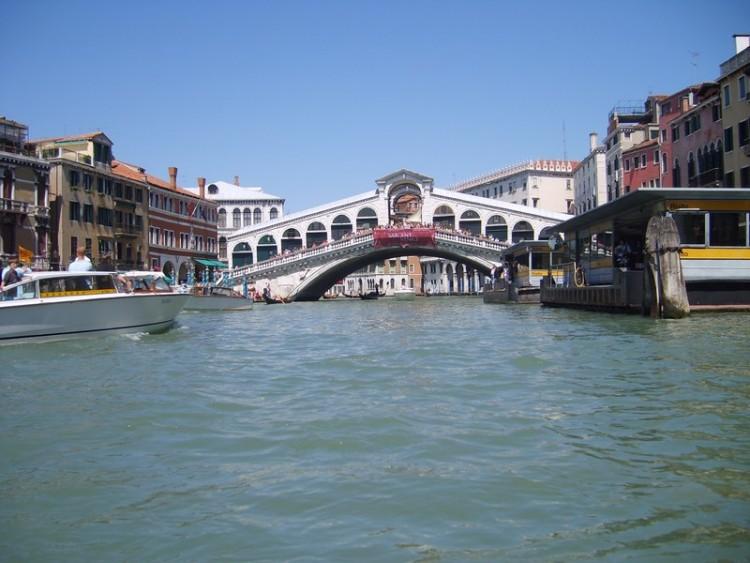Fonds d'écran Voyages : Europe Italie Venise - Pont du Rialto (Bob45)