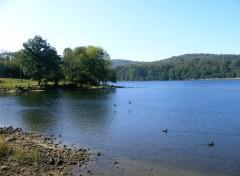 Fonds d'écran Nature lac dans le tarn