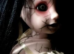 Fonds d'écran Objets Living Dead Dolls-Hush