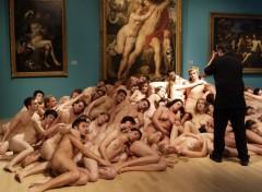 Fonds d'écran Erotic Art Tunick Museum with himself