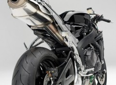 Fonds d'écran Motos Honda CBR 600