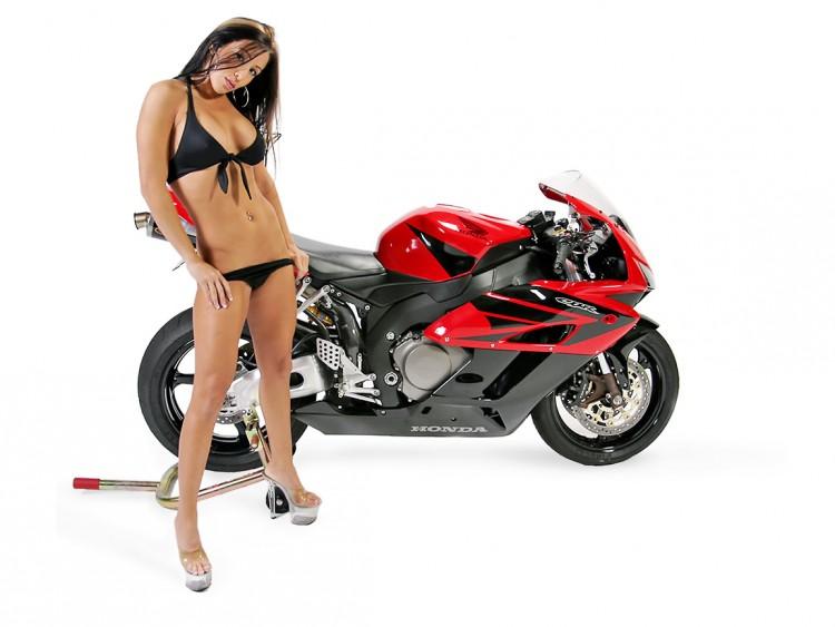 Fonds d'écran Motos Filles et motos CBR