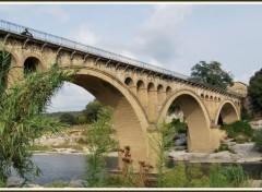 Fonds d'écran Constructions et architecture Pont sur le Gardon à Collias (84)