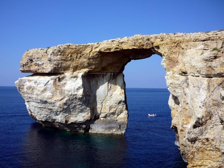 Wallpapers Nature Seas - Oceans - Beaches La Fenêtre d' Azur à Malte