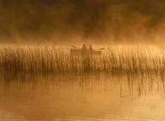 Fonds d'écran Bateaux Pêcheur dans la brume