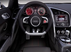 Wallpapers Cars Audi R8 V12 au volant