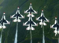 Wallpapers Planes Thunderbirds upside down
