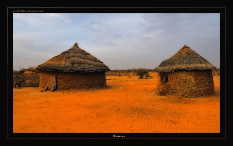 Fonds d'écran Voyages : Afrique Burkina Faso Cases Peul (Sahel-Burkina Faso)