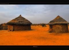 Fonds d'écran Voyages : Afrique Cases Peul (Sahel-Burkina Faso)