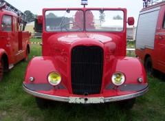 Fonds d'écran Hommes - Evênements Camion de pompier Lafly