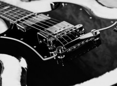 Wallpapers Music Gibson SG noir et blanc
