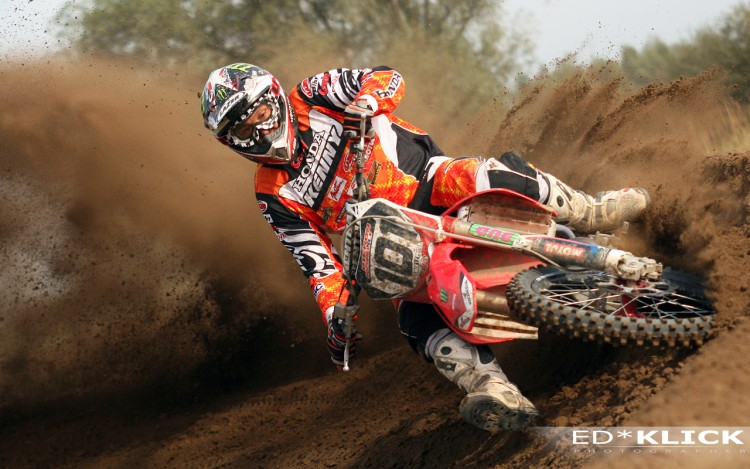 Fonds d'écran Motos Motocross Mickaël Pichon # 101 World Championship MX 1