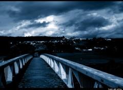 Fonds d'écran Constructions et architecture paysage nature pont bleu noir blanc photo photographie sombre