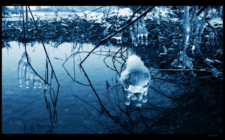 Wallpapers Nature Saisons - Winter hiver stalactites boule glace avec neige et eau paysage