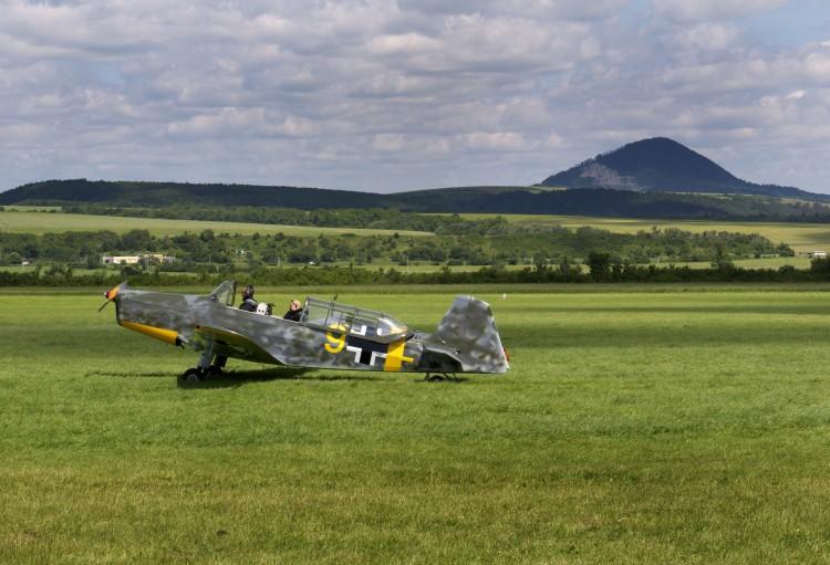 Fonds d'écran Avions Avions militaires vieux vétéran de la guerre