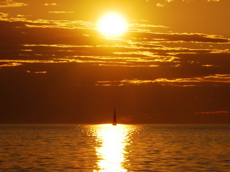Fonds d'écran Nature Couchers et levers de Soleil Coucher sur mer
