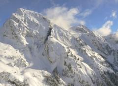 Fonds d'écran Nature montagne enneigé