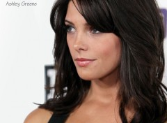 Wallpapers Celebrities Women Ashley Greene 2010