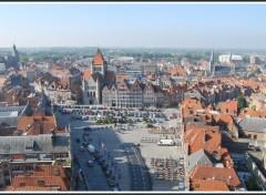 Fonds d'écran Voyages : Europe Tournai (Belgique) - La grand-Place vue du beffroi