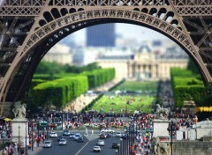 Wallpapers Trips : Europ La tour Eiffel en Tilt-Shift !