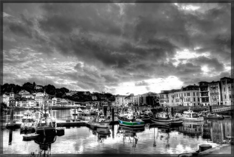 Fonds d'écran Bateaux Bateaux de pêche Saint Jean de Luz port