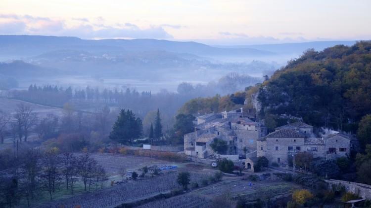 Fonds d'écran Nature Paysages Petit village au lever du jour