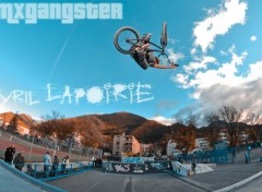 Fonds d'écran Sports - Loisirs bmxgangster team - cyril lapoirie