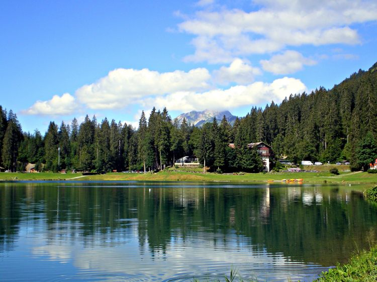 Wallpapers Nature Lakes - Ponds lac de montagne (haute savoie)