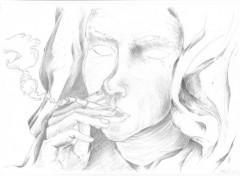 Art - Pencil femme qui fume !
