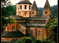 Constructions and architecture abbatiale de Conques