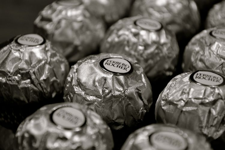Wallpapers Brands - Advertising Ferrero Rocher Ferrero Rocher