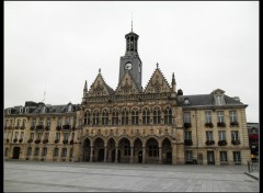 Constructions and architecture Hotel de ville ST Quentin