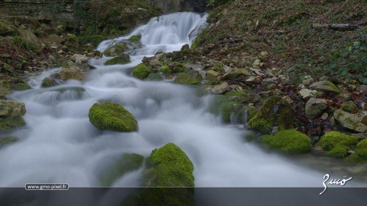 Fonds d'écran Nature Cascades - Chutes Source du Bel Affreux