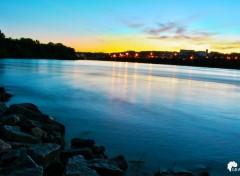 Nature crépuscule fleuve