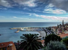 Voyages : Europe Menton, Le Port. basilique Saint-Michel (Alpes Maritimes) 06 HDR